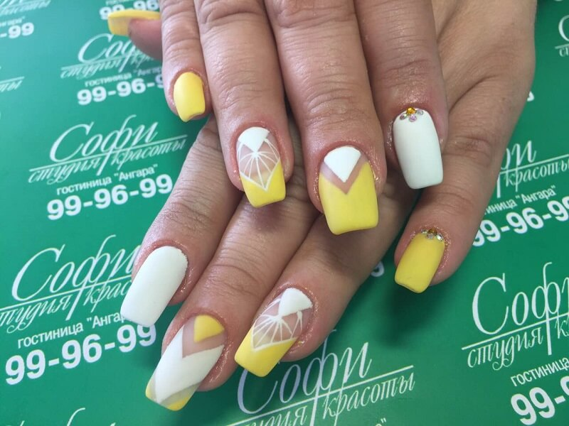 Дизайн ногтей в Иркутске